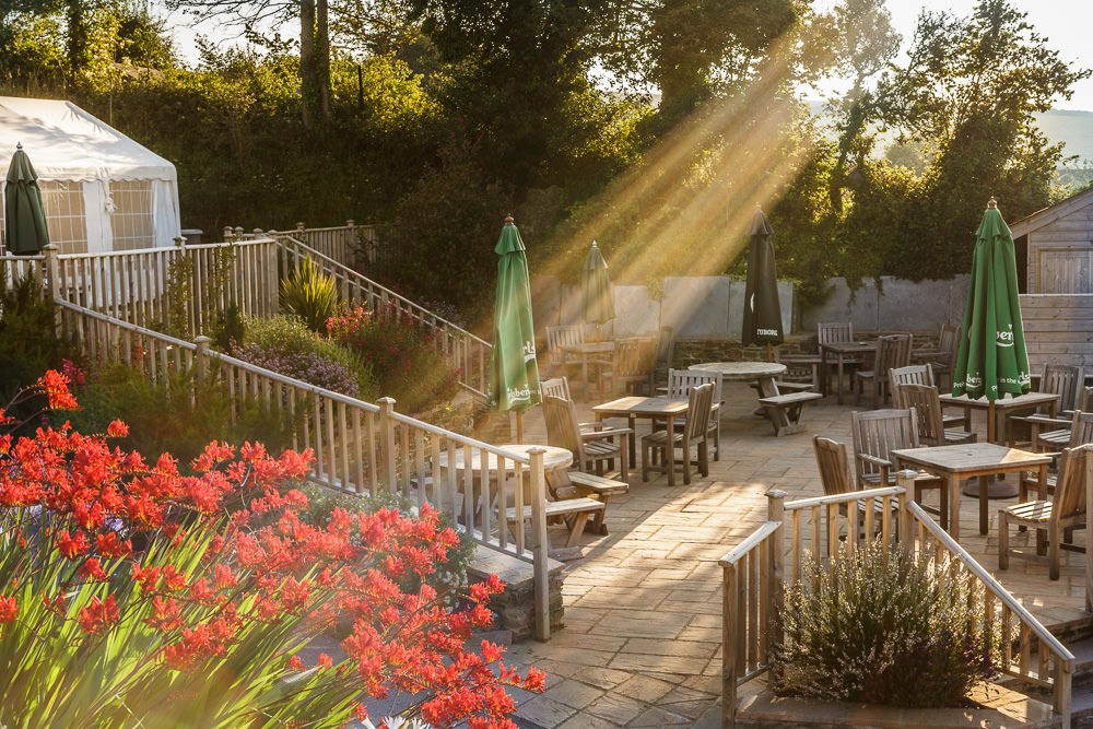 The Globe Pub Beer Gardens, Frogmore
